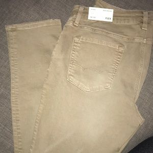 New with tags. American eagle tan jeans